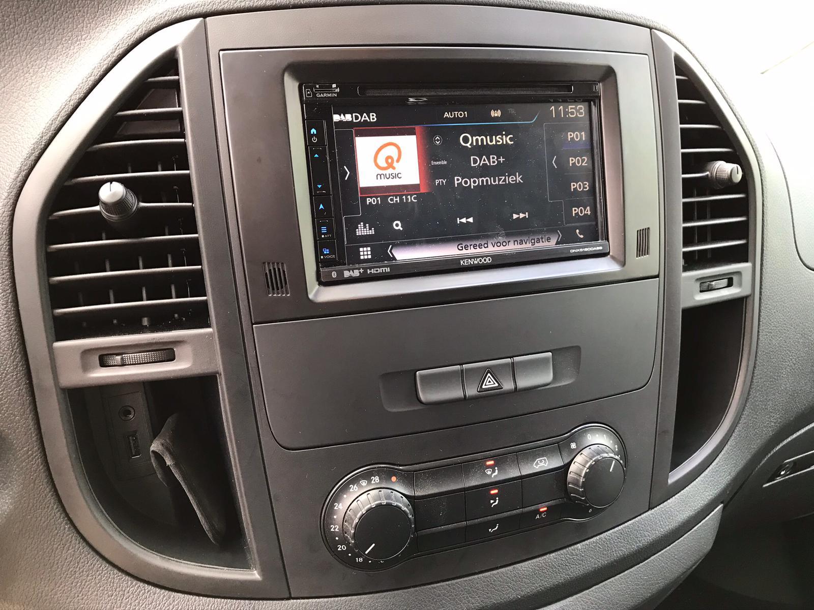 Mercedes Vito - Multimedia system + Apple Carplay + Achteruitrijcamera