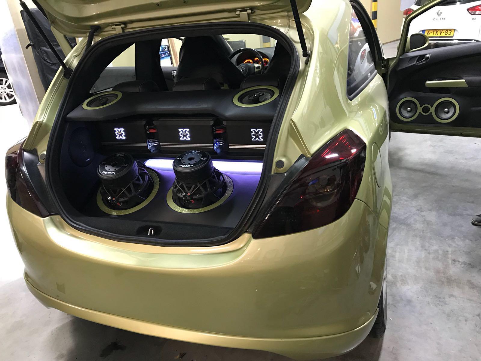 Opel Corsa D - Custom Made audio