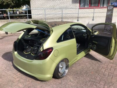 Opel Corsa D - Custom Made audio